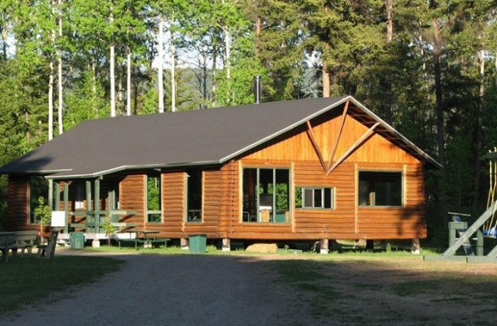Camp accueil chalet 1